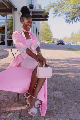 This is probably one of my favorite looks yet. Pink is also my favorite color so I had to go full out. - Photographer: Diamond Rollins